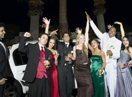 Downtown Toronto Limo Prom & Parties Services